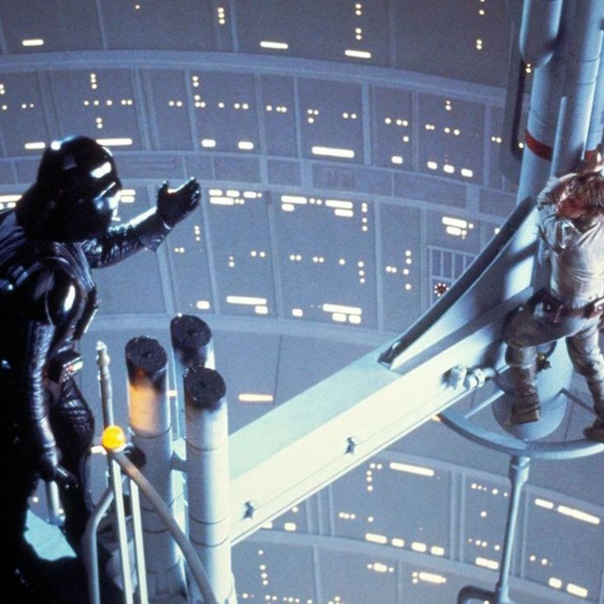 Empire_Strikes_Back-Luke_Vader.jpg