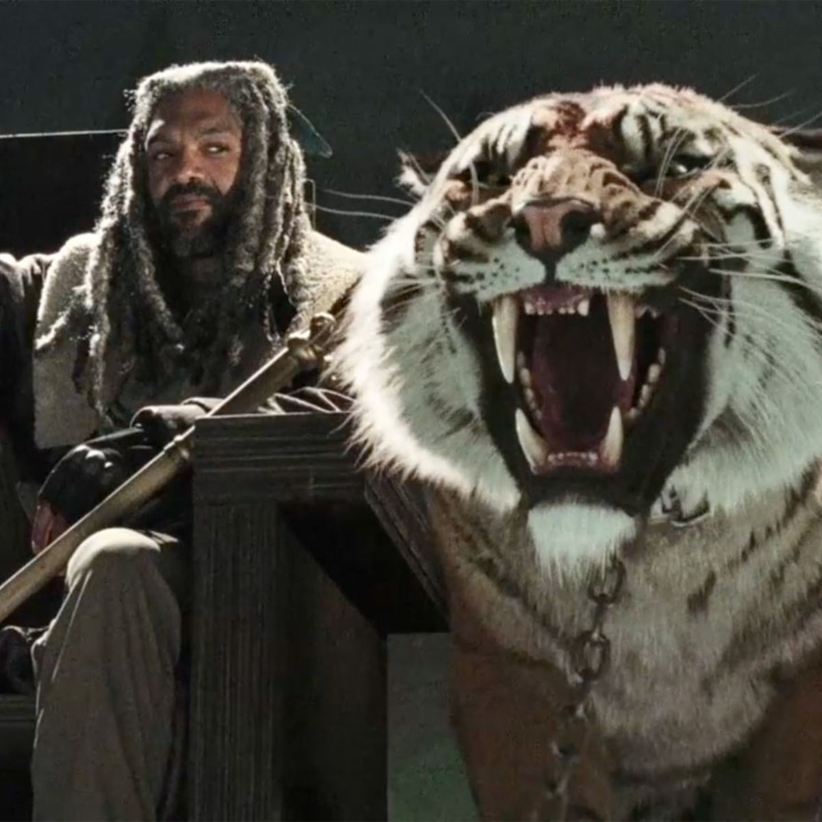 Ezekiel-Shiva-Walking-Dead-Season-7.jpg