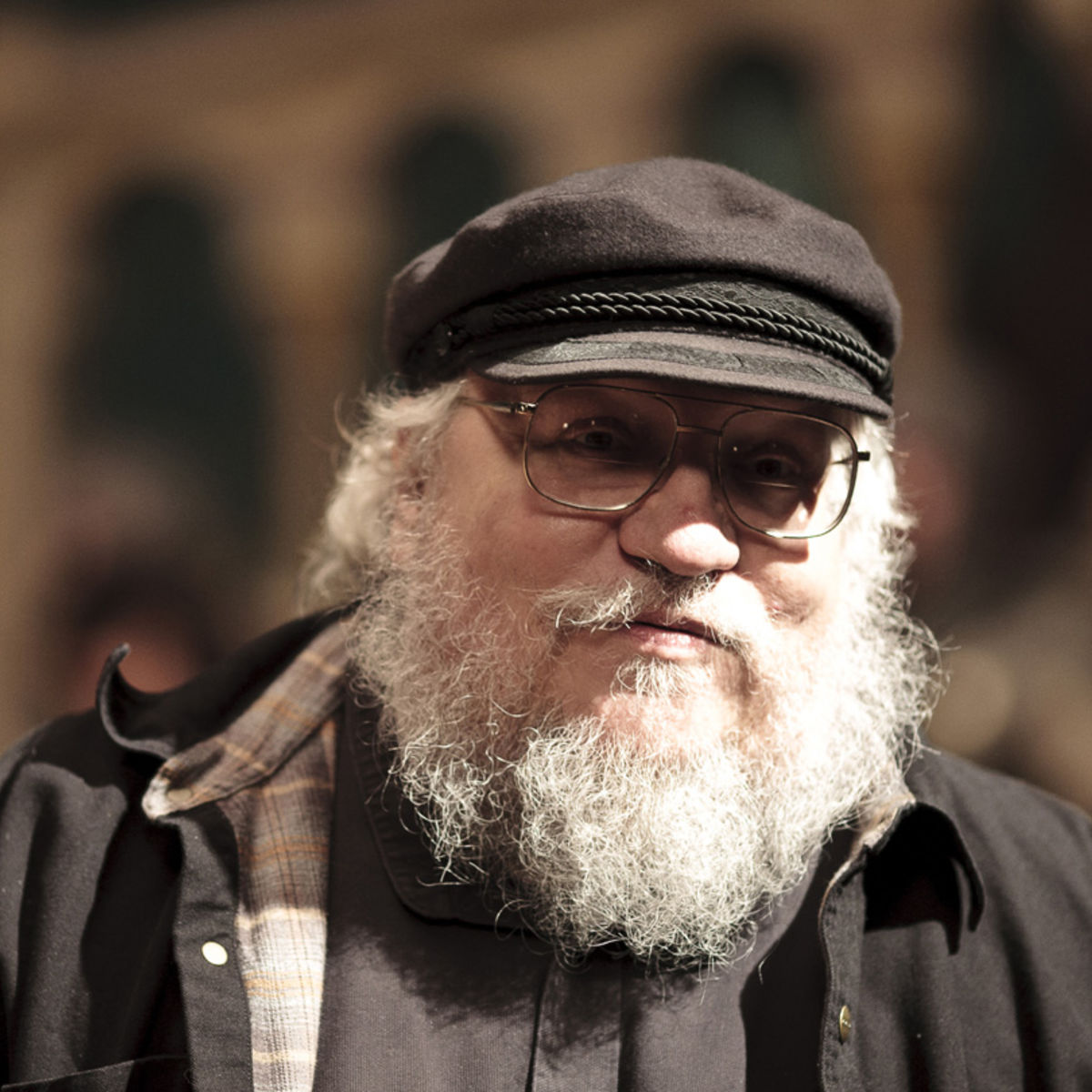 GAME-OF-THRONES-S1-George-RR-Martin.jpg