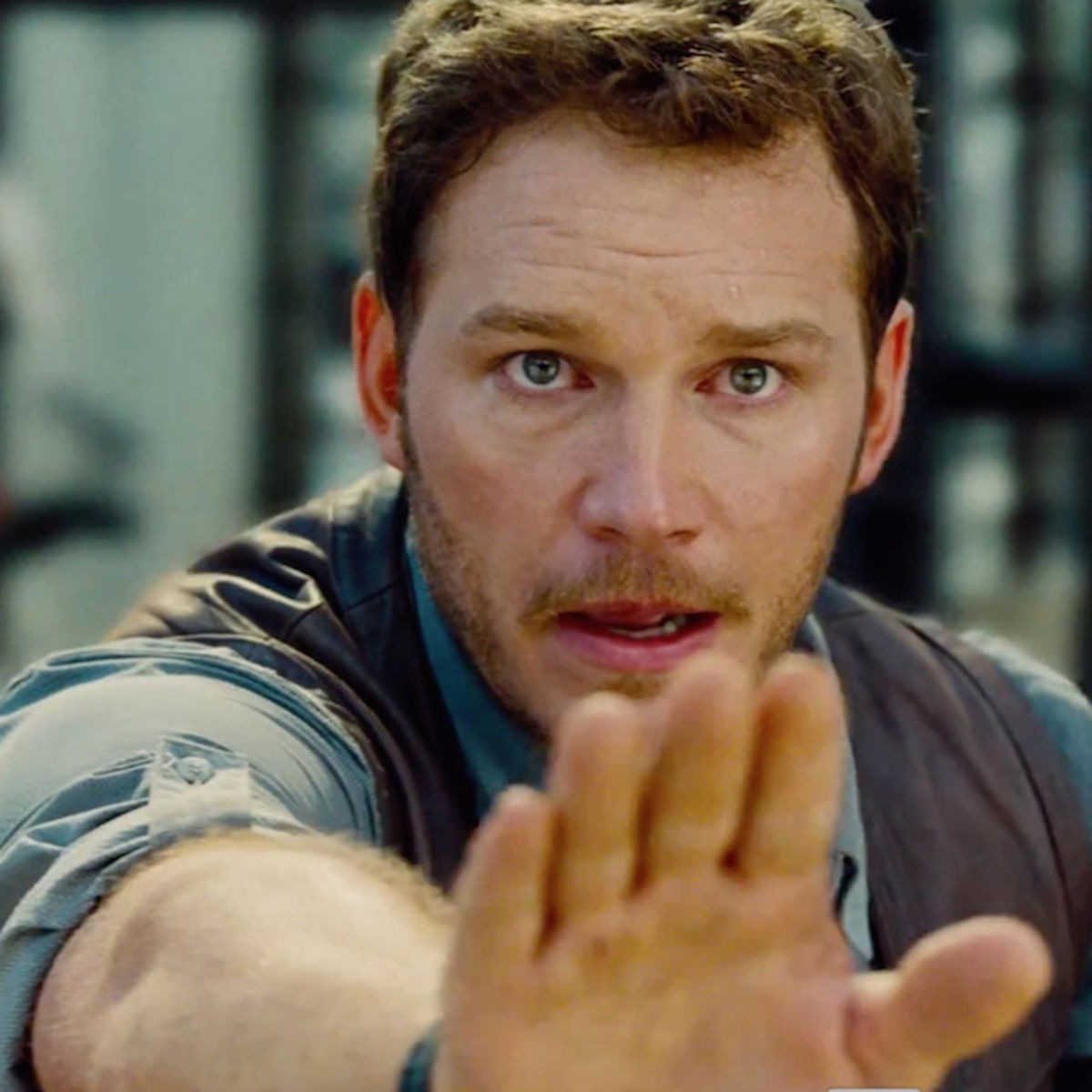 Jurassic-World-Trailer-Still-3_0.jpg