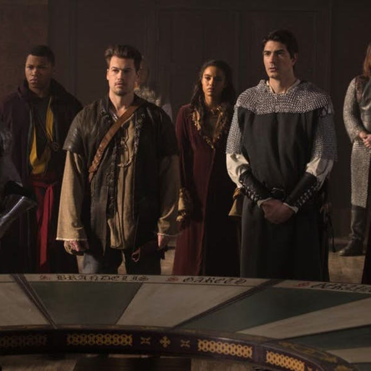 Legends-of-Tomorrow-Camelot-3000-King-Arthurs-round-table.jpg