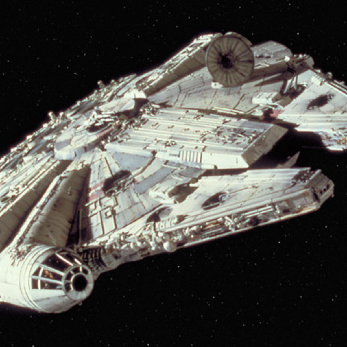 Millennium-Falcon_018ea796.jpeg