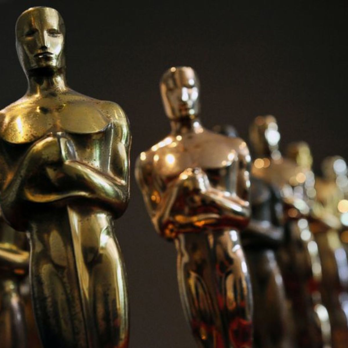 OscarStatuettes1.jpg