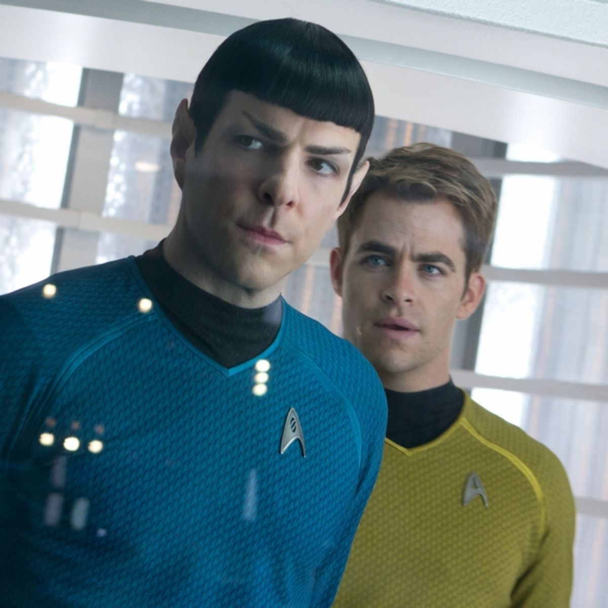 Quinto-Pine-Star-Trek-into-Darkness-1.jpg