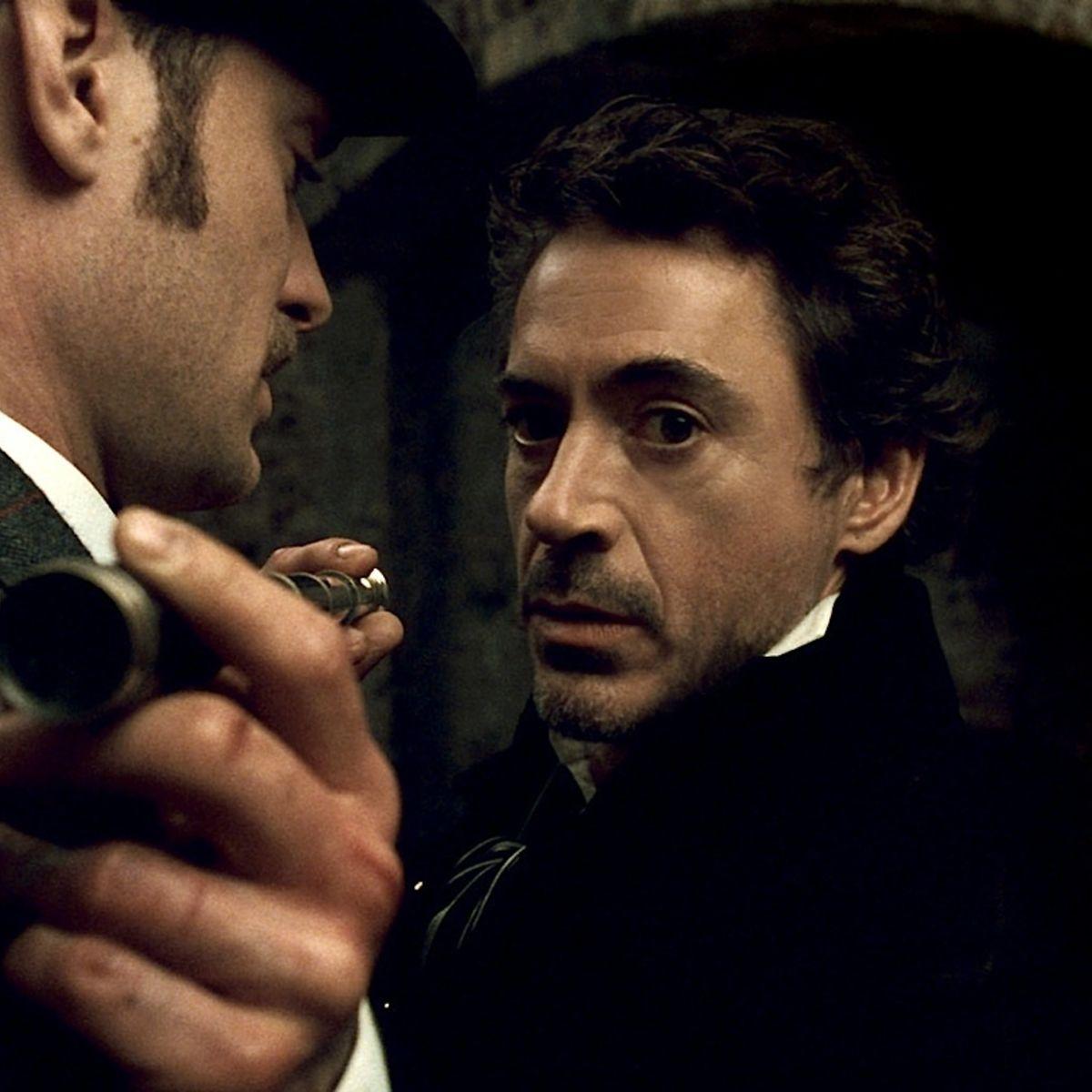 Robert-Downey-Jr-Jude-Law-Sherlock-Holmes.jpg