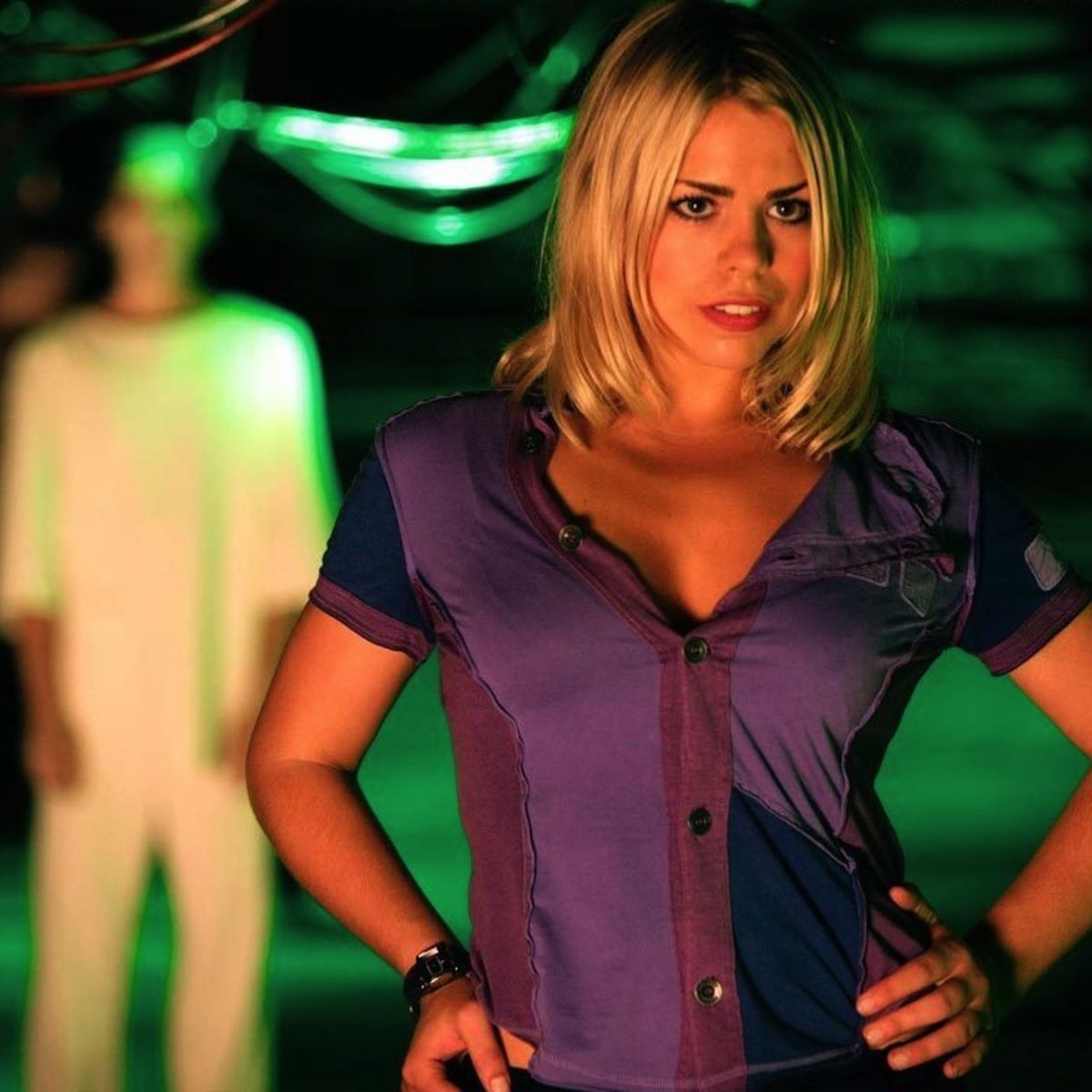Rose-Tyler-Wallpaper-rose-tyler-1535453-1024-768.jpg