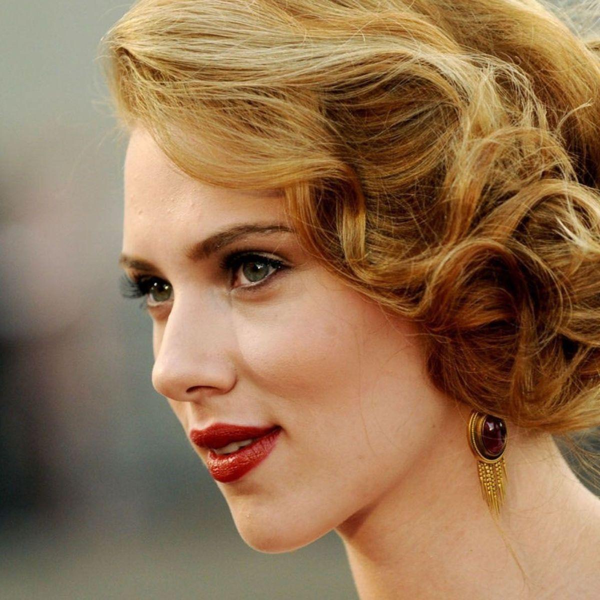 Scarlett-Johansson_0.jpg