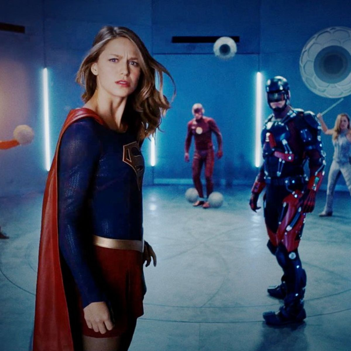 supergirl flash the legends and arrow come out to play in full