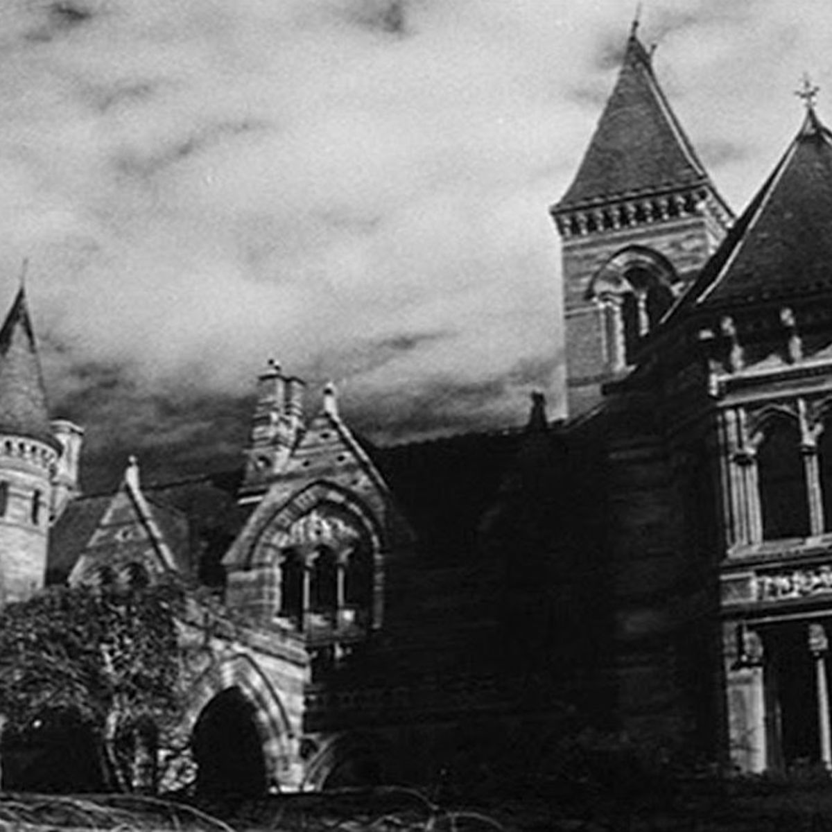 Horror Classic The Haunting Of Hill House To Be Remade By Netflix
