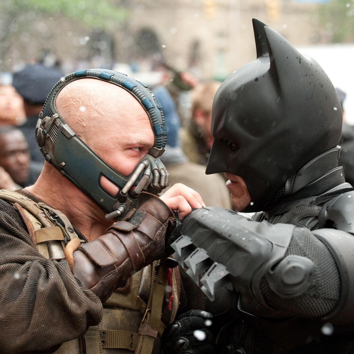 Tom-Hardy-as-Bane-in-The-Dark-Knight-Rises-HQ-bane-30727972-2560-2029.jpg
