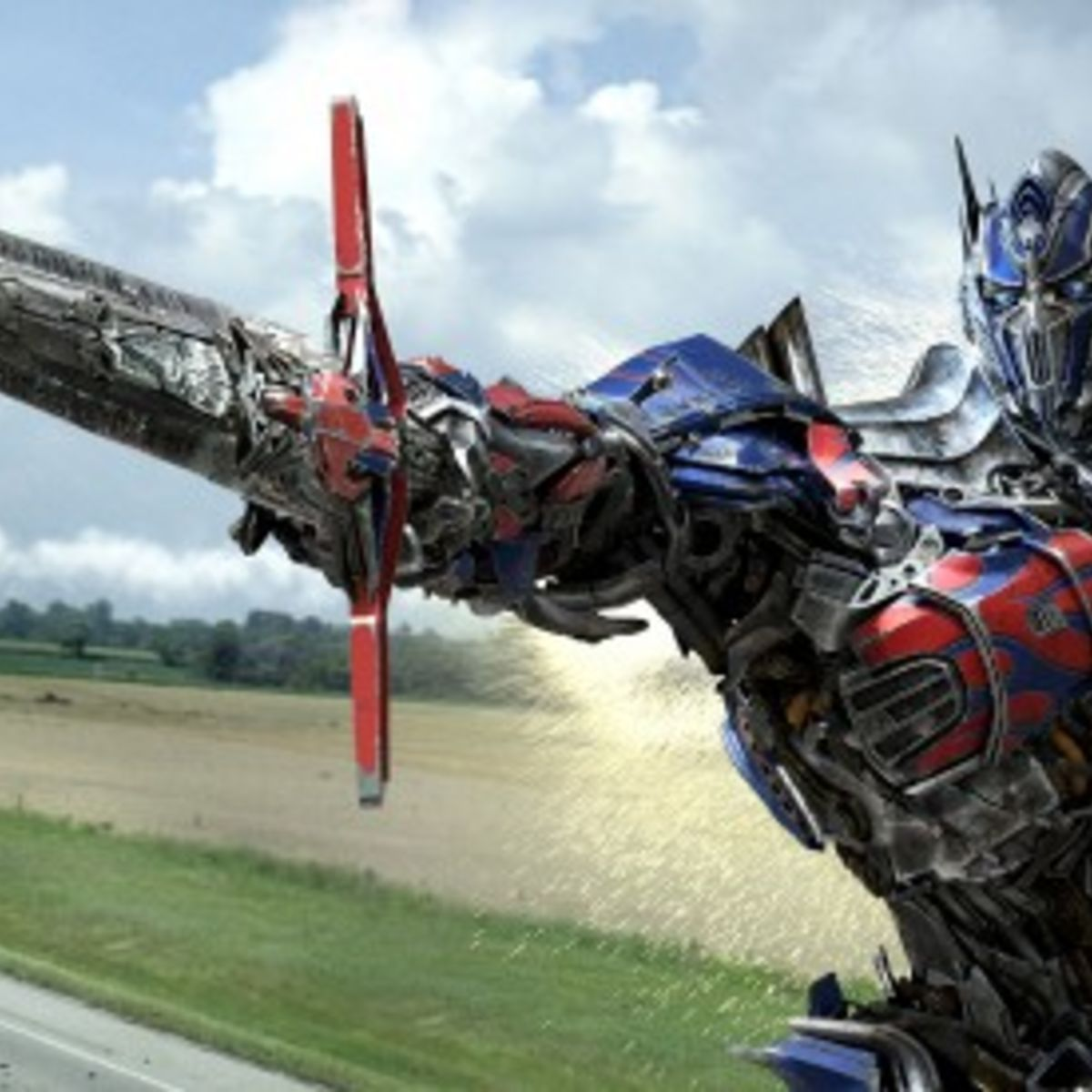 Transformers-4-Optimus-Prime-sword-550x275.jpg