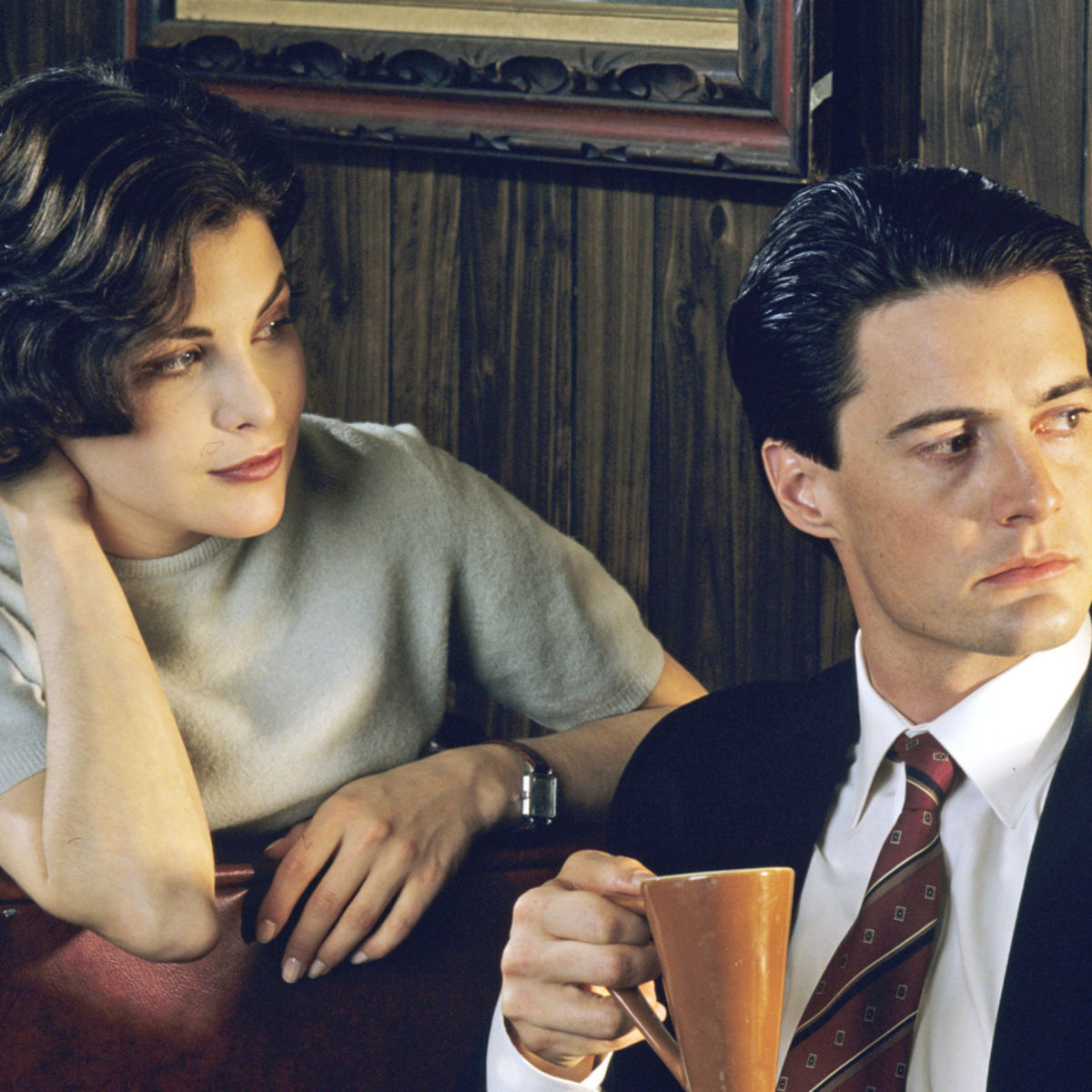 Twin-Peaks-Kyle-Sherylin-coffee.jpg
