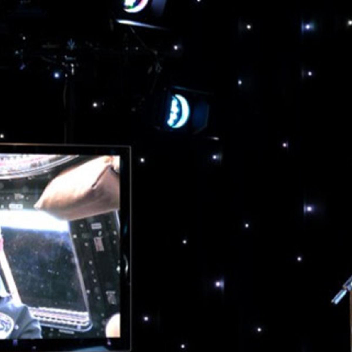 ISS_hadfield_robertson422556733.jpg