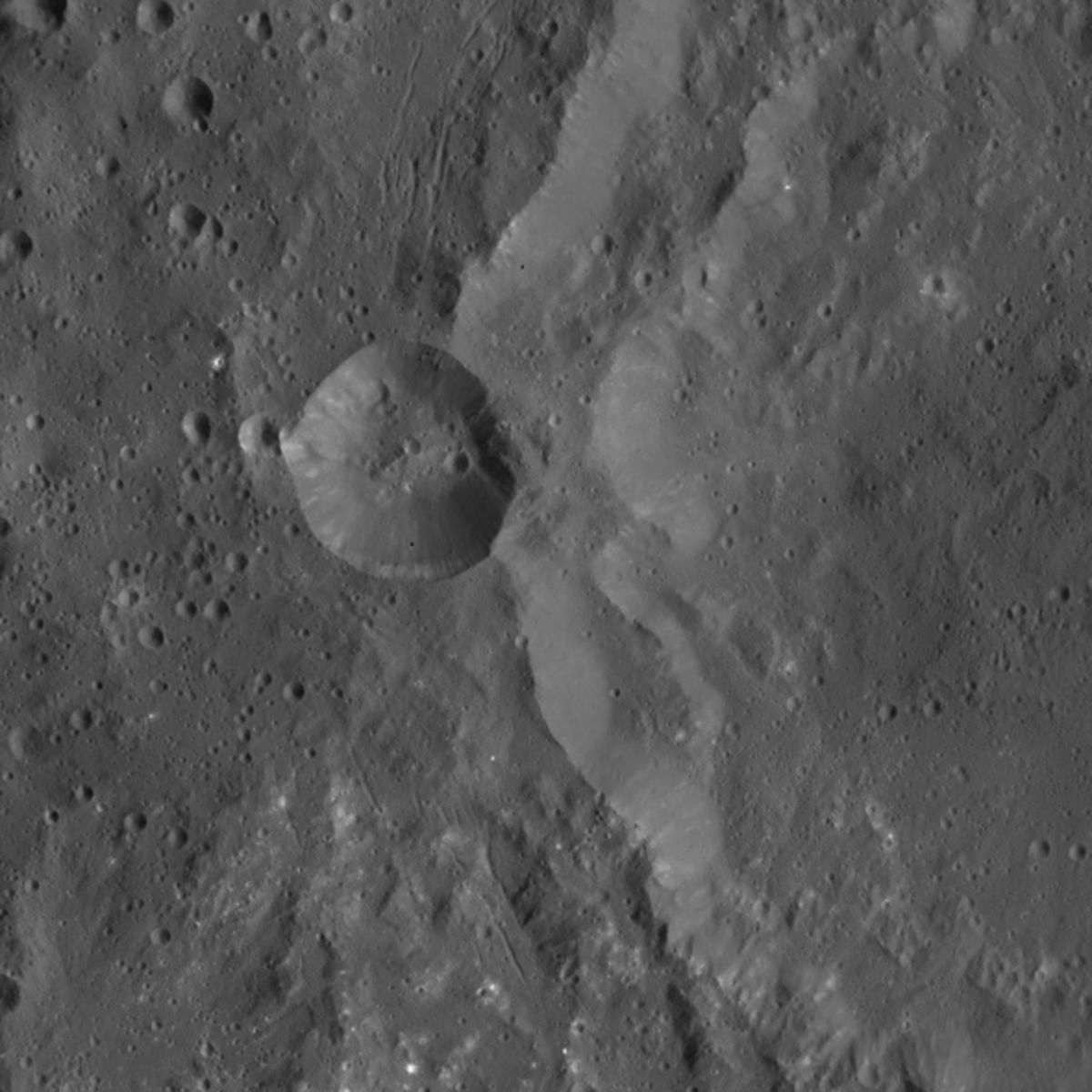 dawn_ceres_cracks_whitespots_590_0.jpg