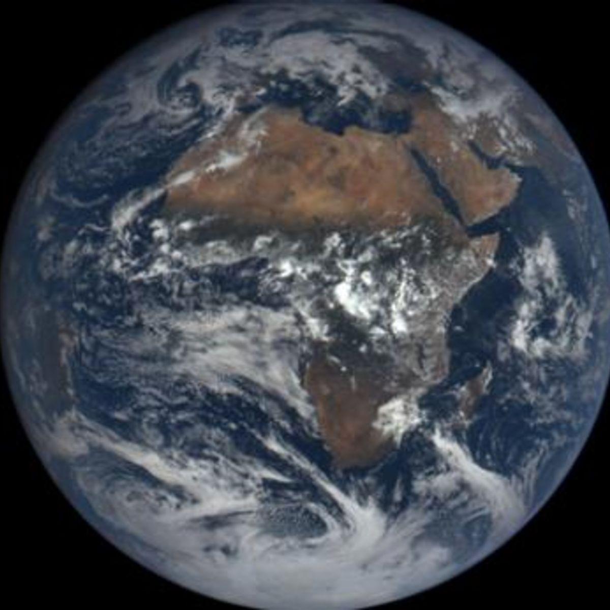 dscvor_earth_africa.jpg.CROP.rectangle-large_0.jpg