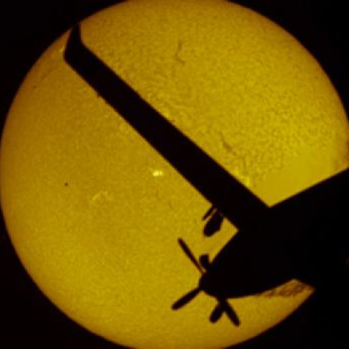 legault_airplane_mercury_transit_354.jpg.CROP.rectangle-large_0.jpg