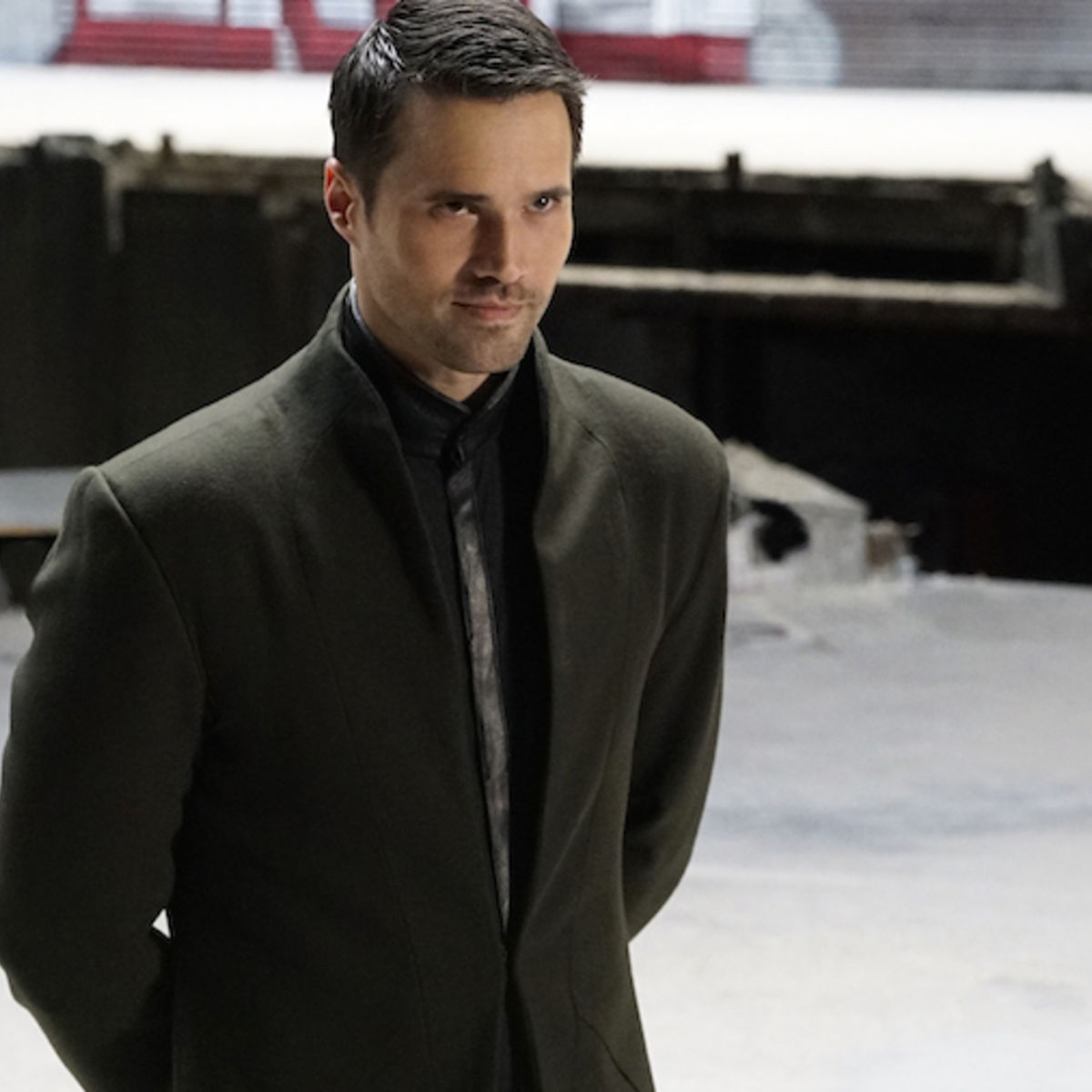 brett-dalton-shield-abc5.jpg