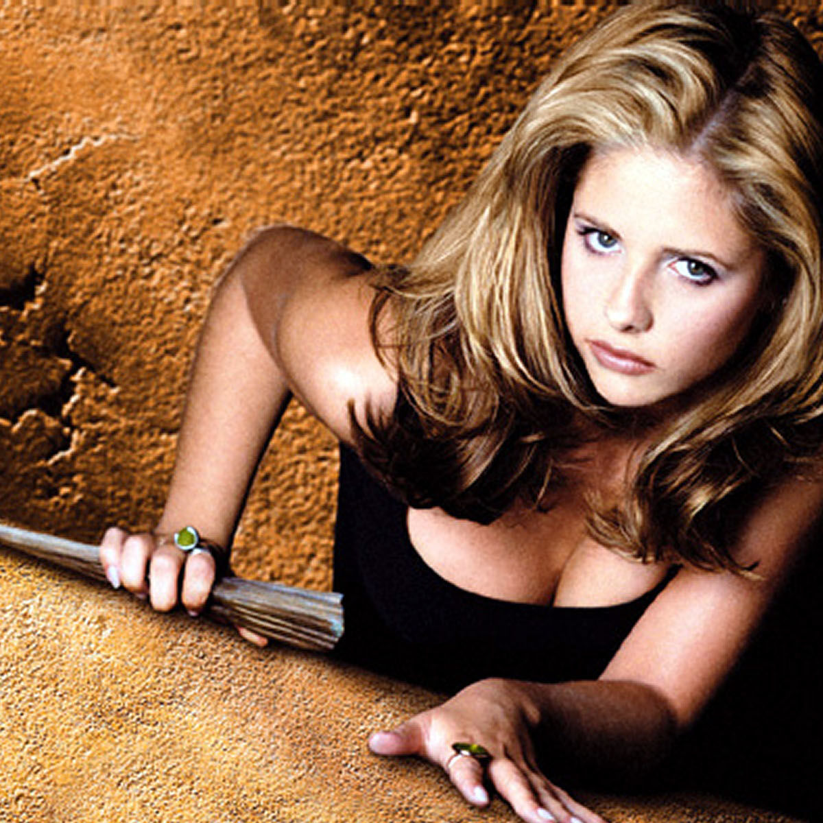 buffy-vampire-slayer-free-images-pictures_407699.jpg