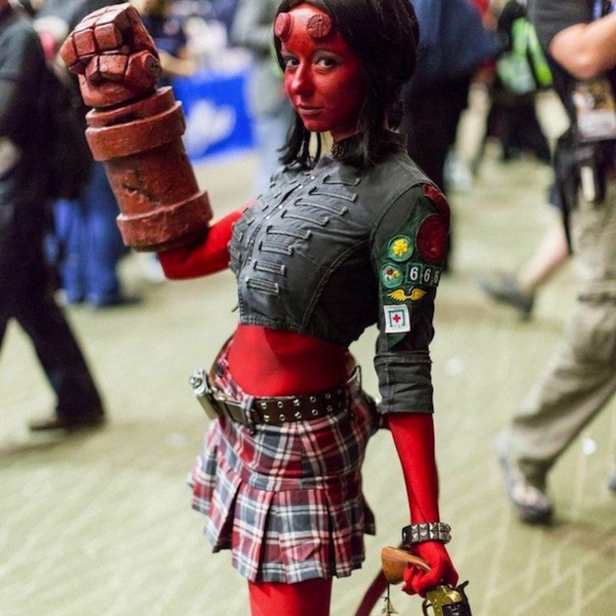 hellgirl-cosplay.jpg
