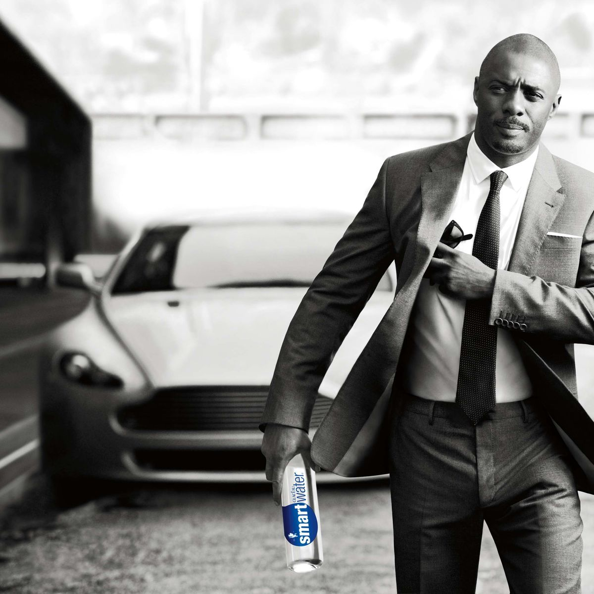 idris-elba-car-ad-for-smartwater-caption-must-include-smartwater.jpg