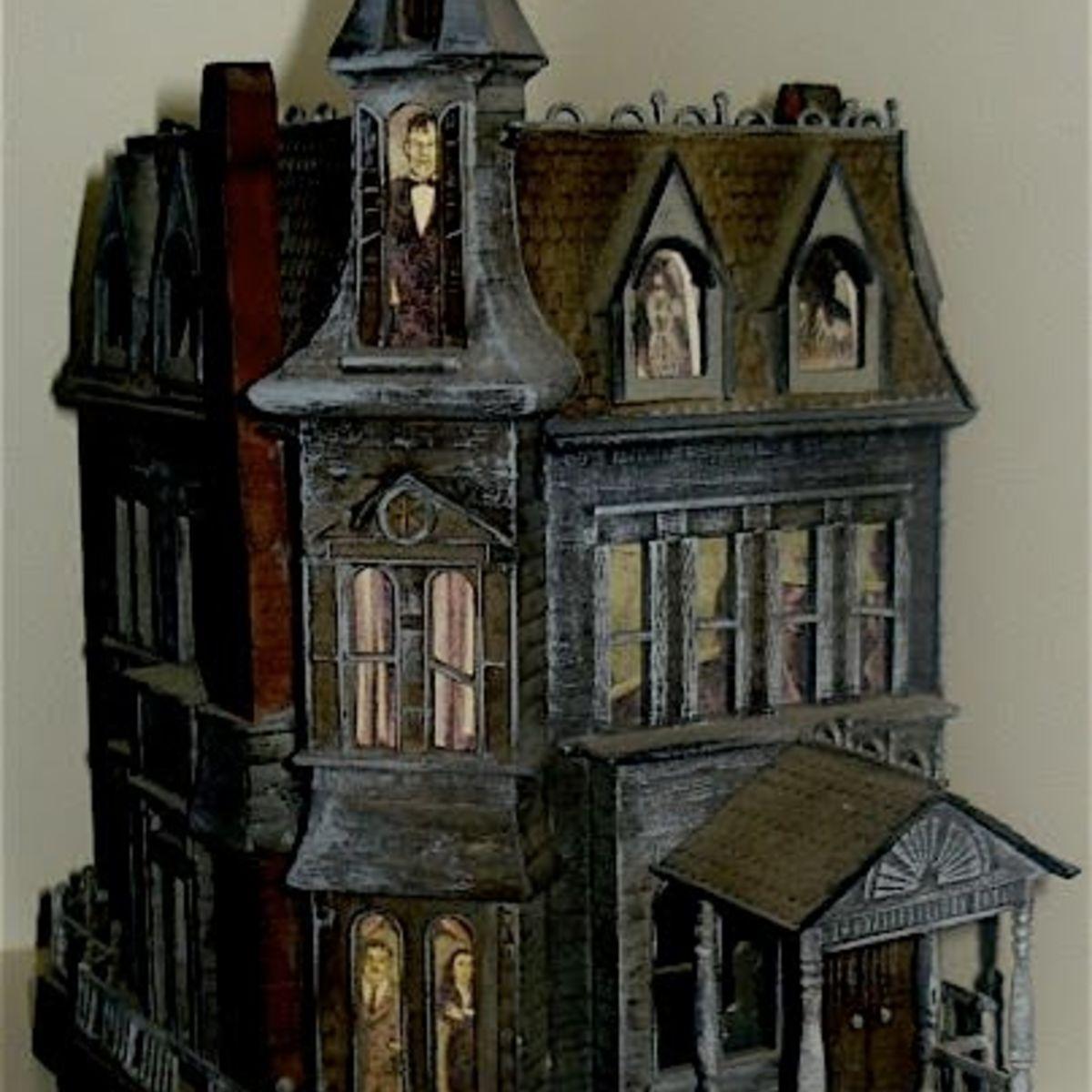 AddamsFamilyDollhouse100312.jpg