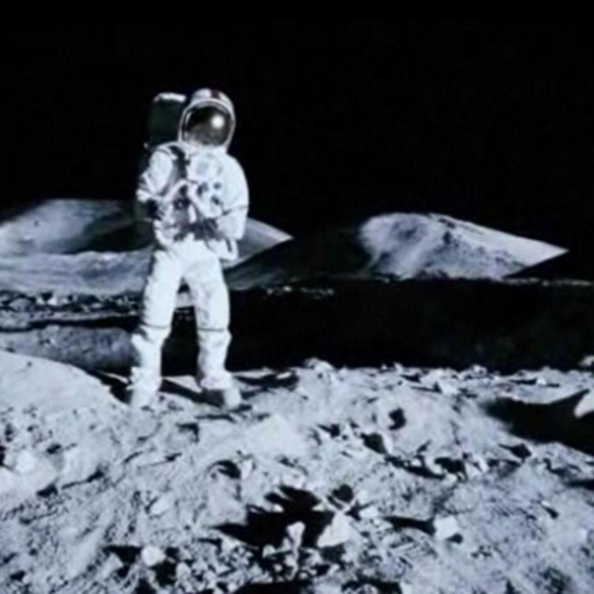 Apollo18062411.jpg