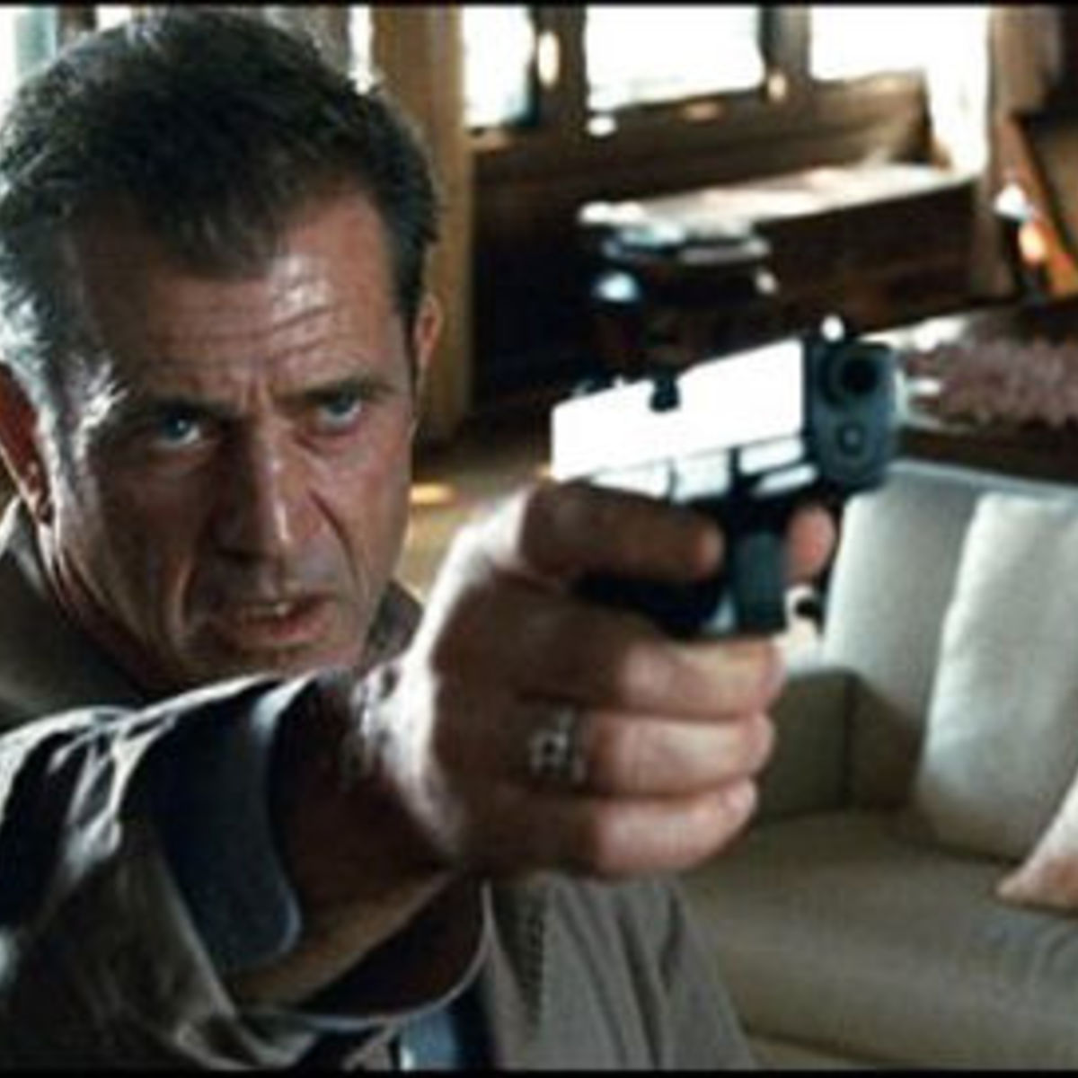 Mel_Gibson_Edge_of_Darkness.jpg