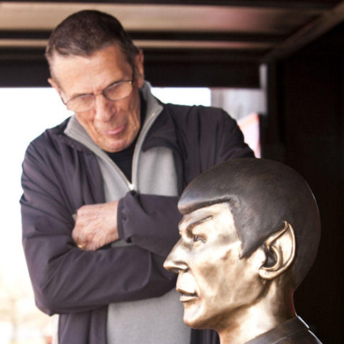 Star_Trek_Nimoy_Vulcan_2_thumb_0.jpg