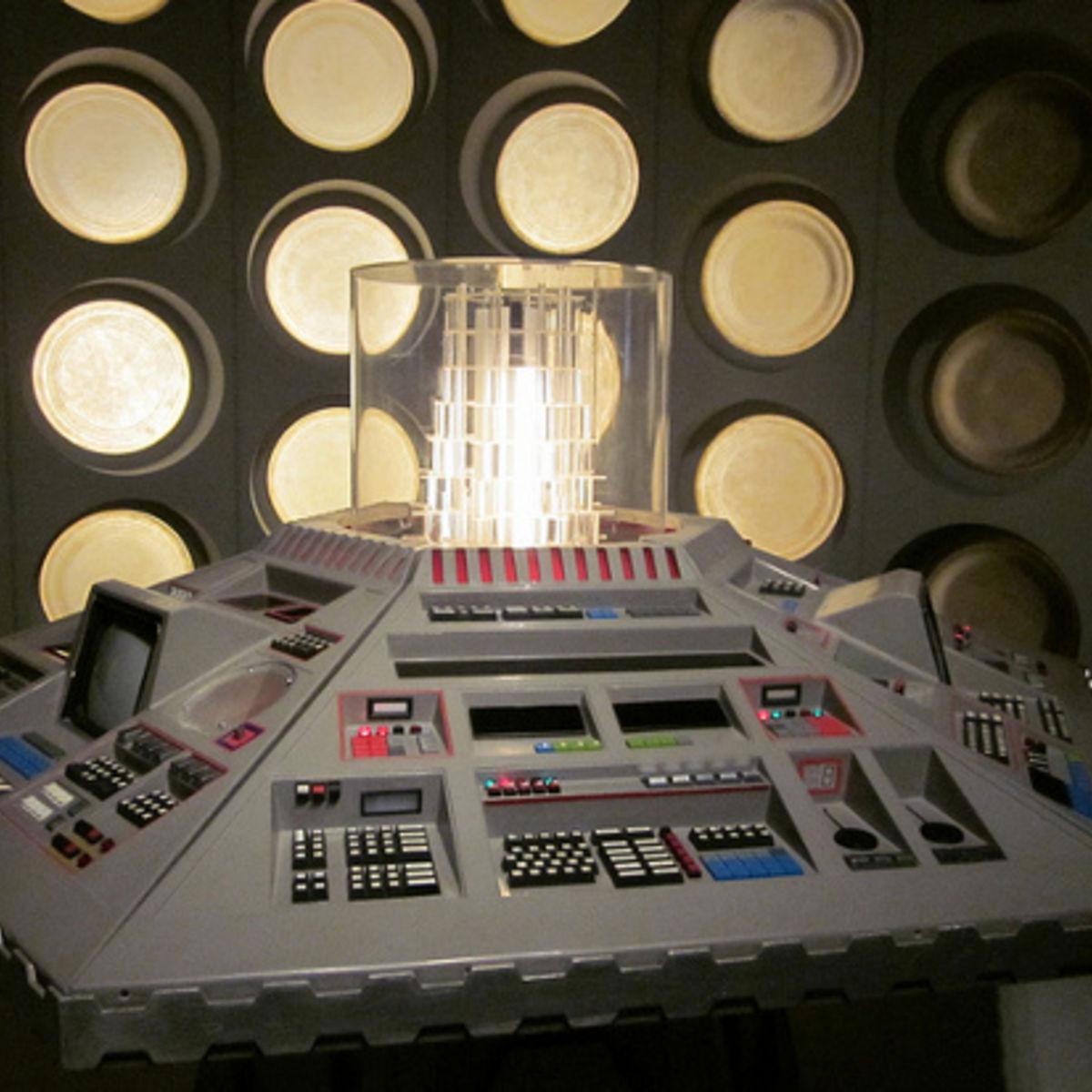 TARDISconsole80s.jpg