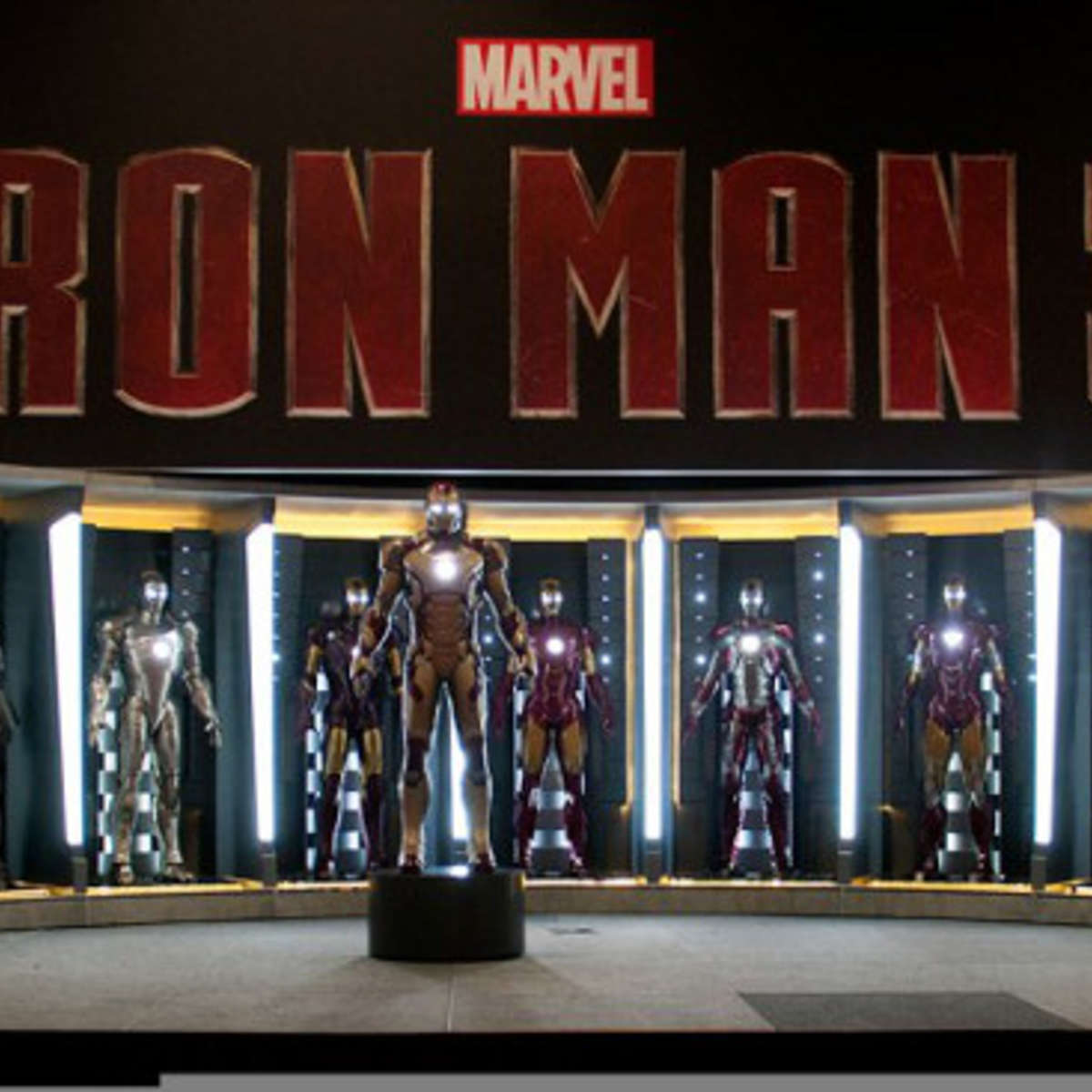 iron-man-3-armor-suit_0.jpg