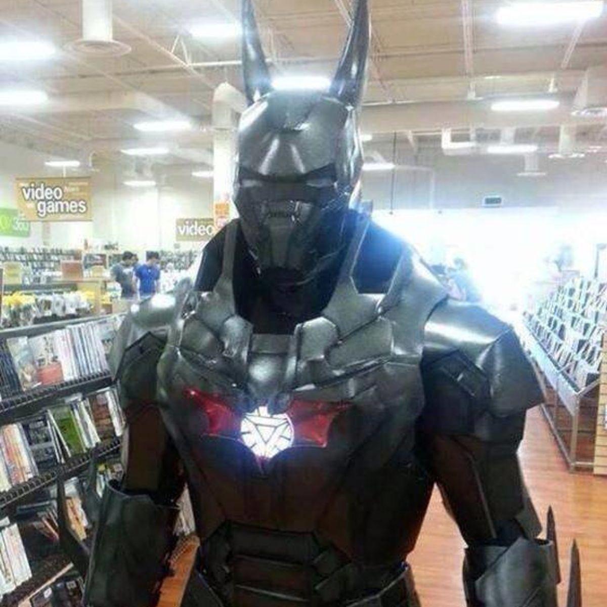 iron-man-and-batman-mashup-cosplay.jpg
