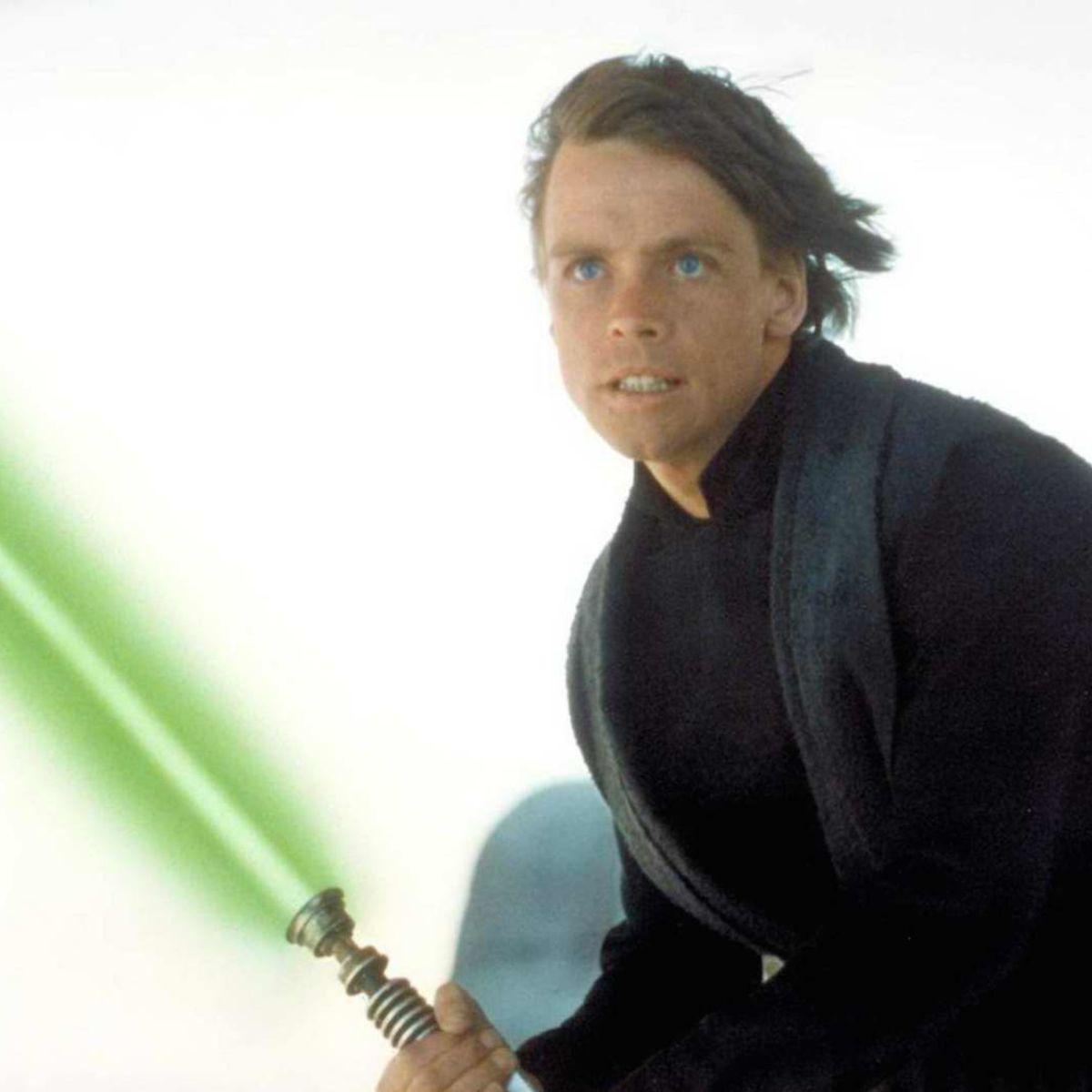 jedi-luke-skywalker-star-wars-lightsabers-132104-1600x1200.jpg
