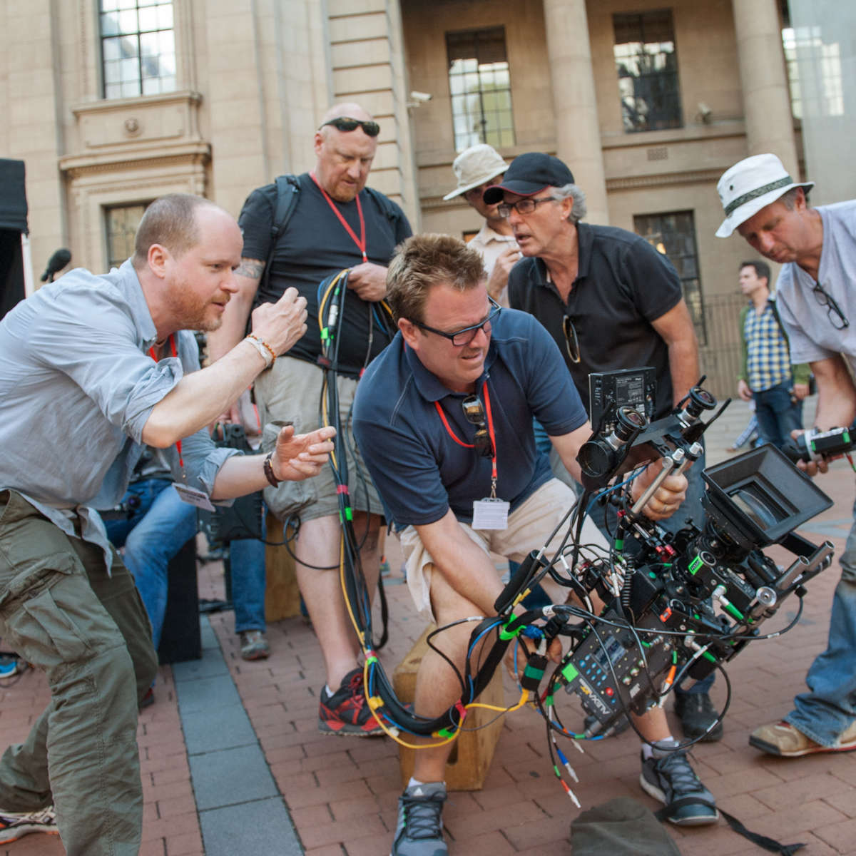 joss-whedon-avengers-age-of-ultron-set-image.jpg