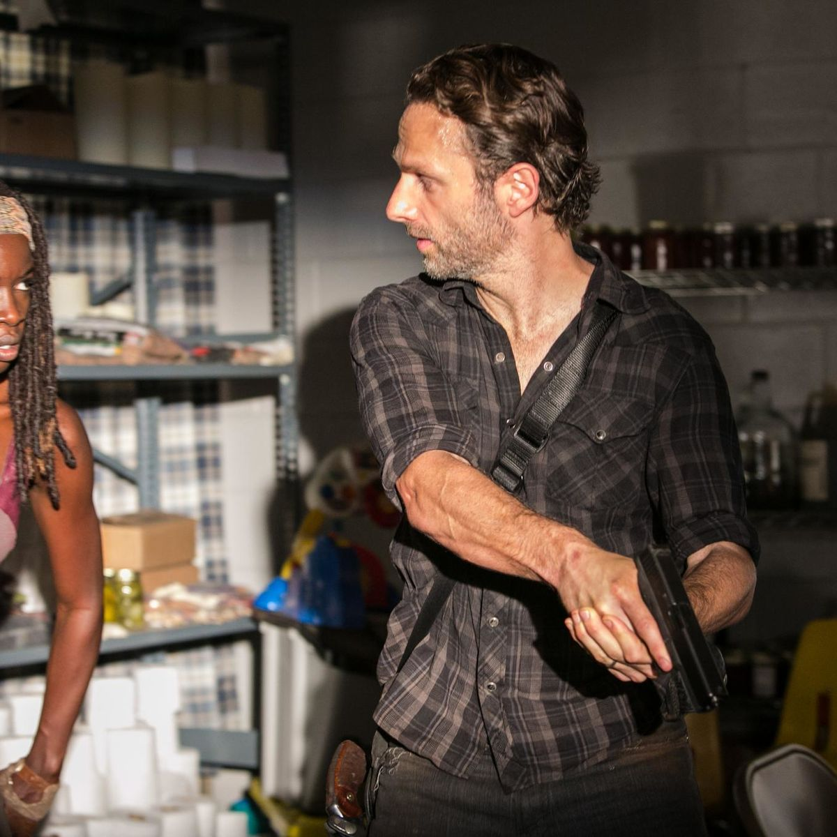 picture-of-andrew-lincoln-and-danai-gurira-in-the-walking-dead-large-picture.jpg