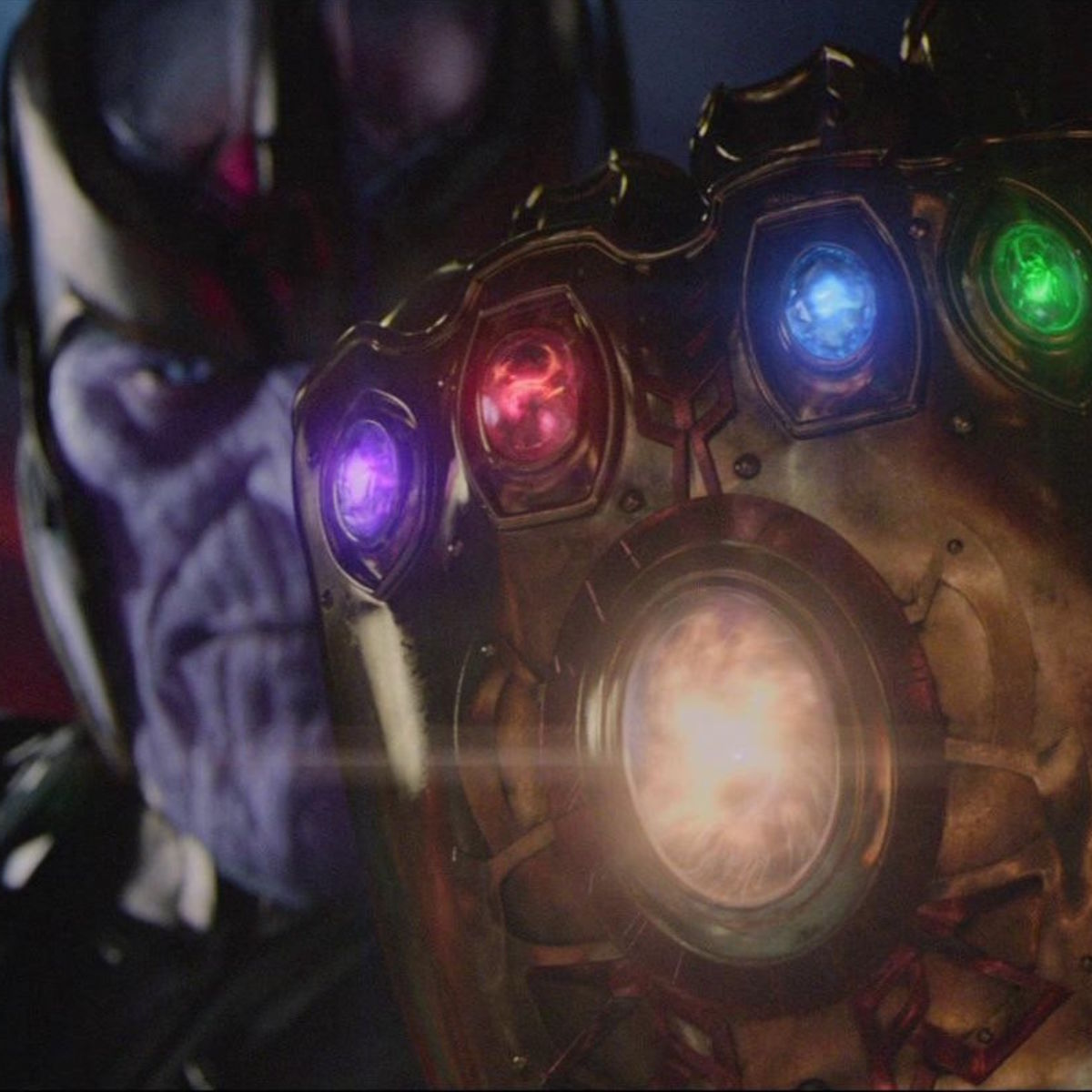 Thanos wields the Infinity Gauntlet