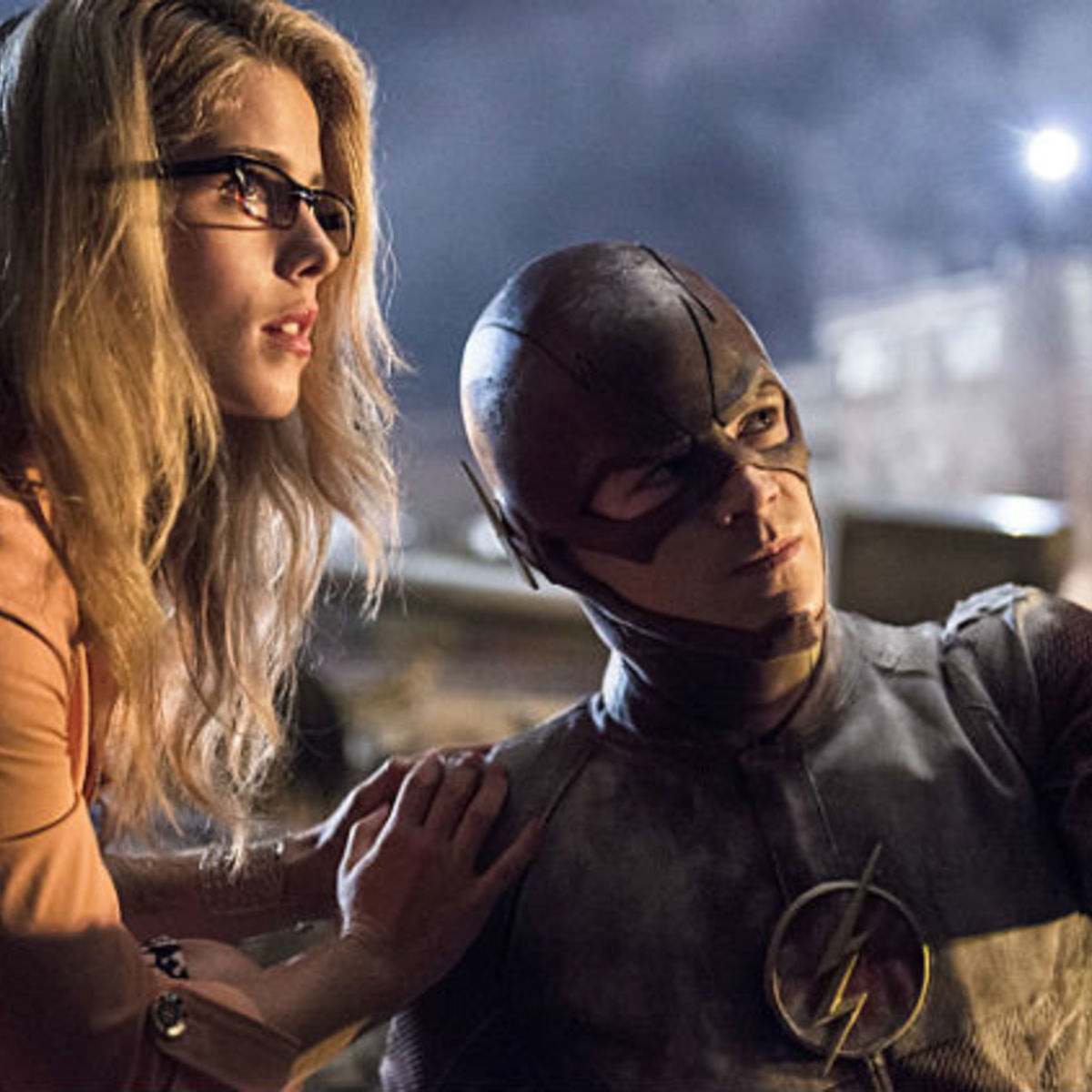 the-flash-episode-4-barry-felicity-date.jpg