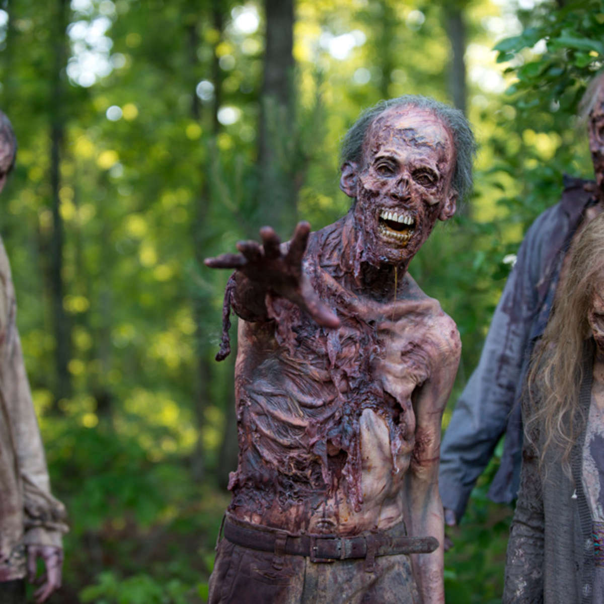 the-walking-dead-episode-601-walkers-3-935.jpg