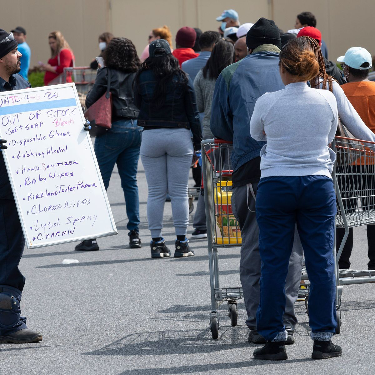 Costco lines via Getty Images