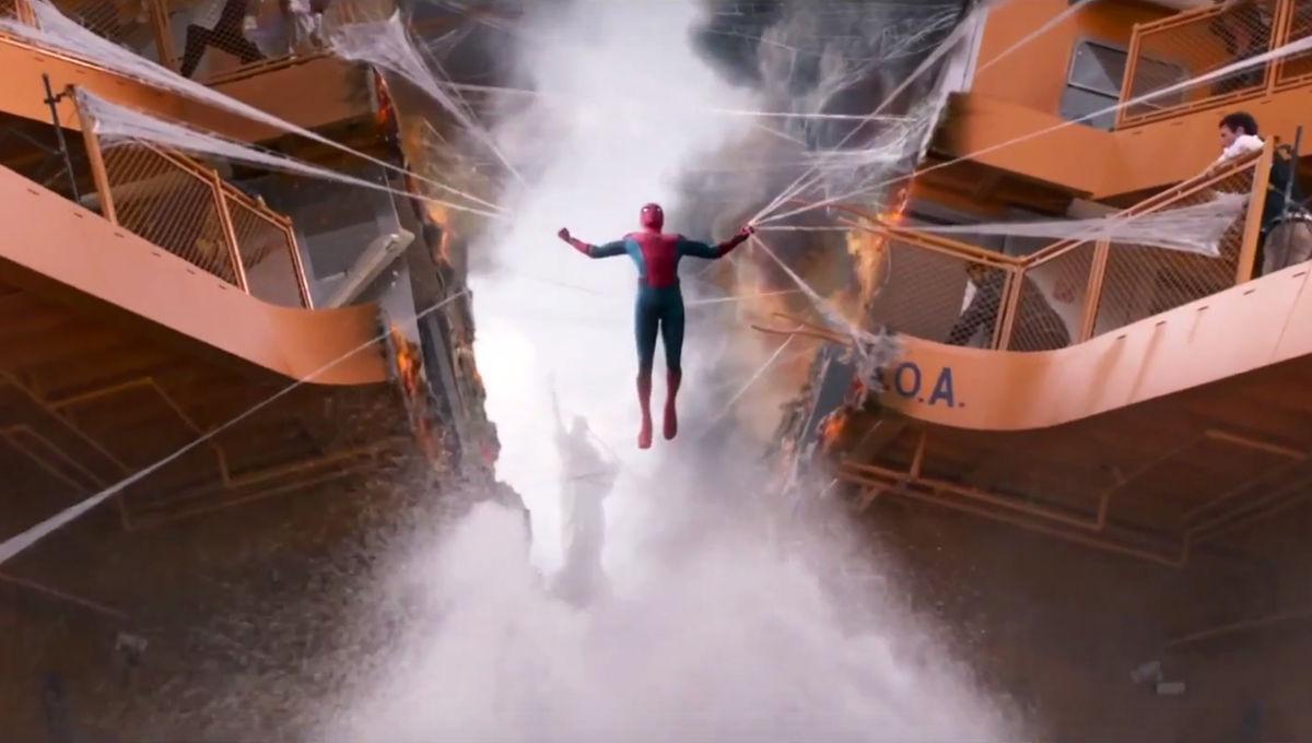 Spider-Man-Homecoming-Ferry-spread.jpg
