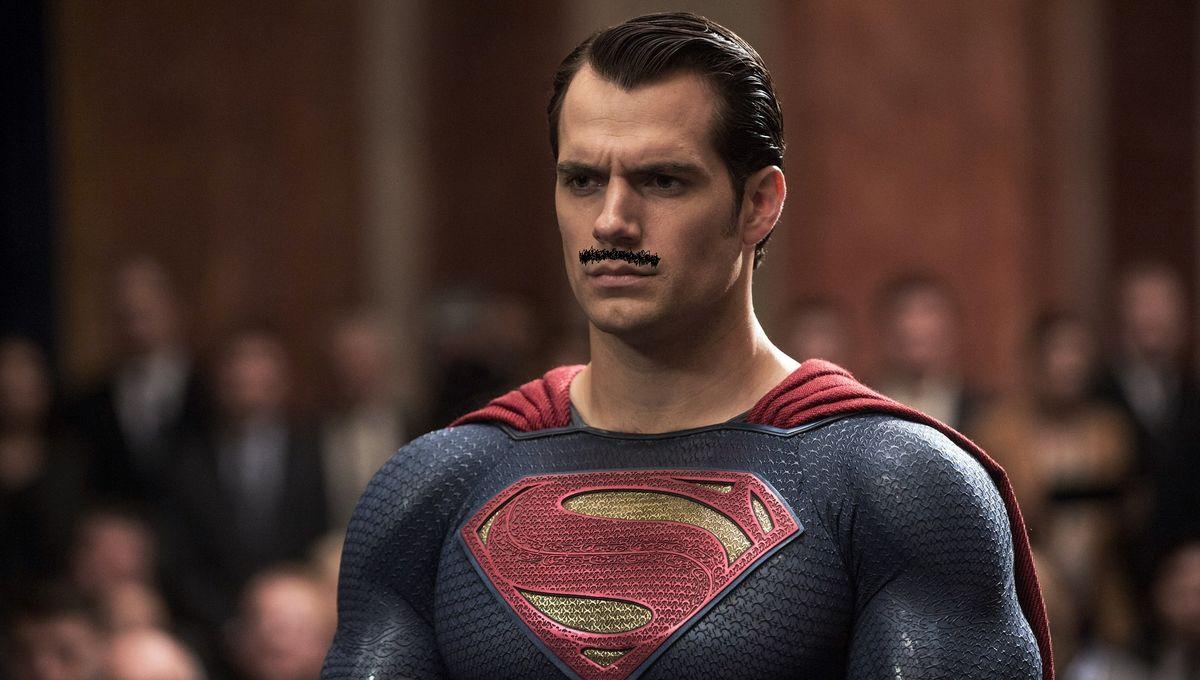 Superman-Henry-Cavill.jpg