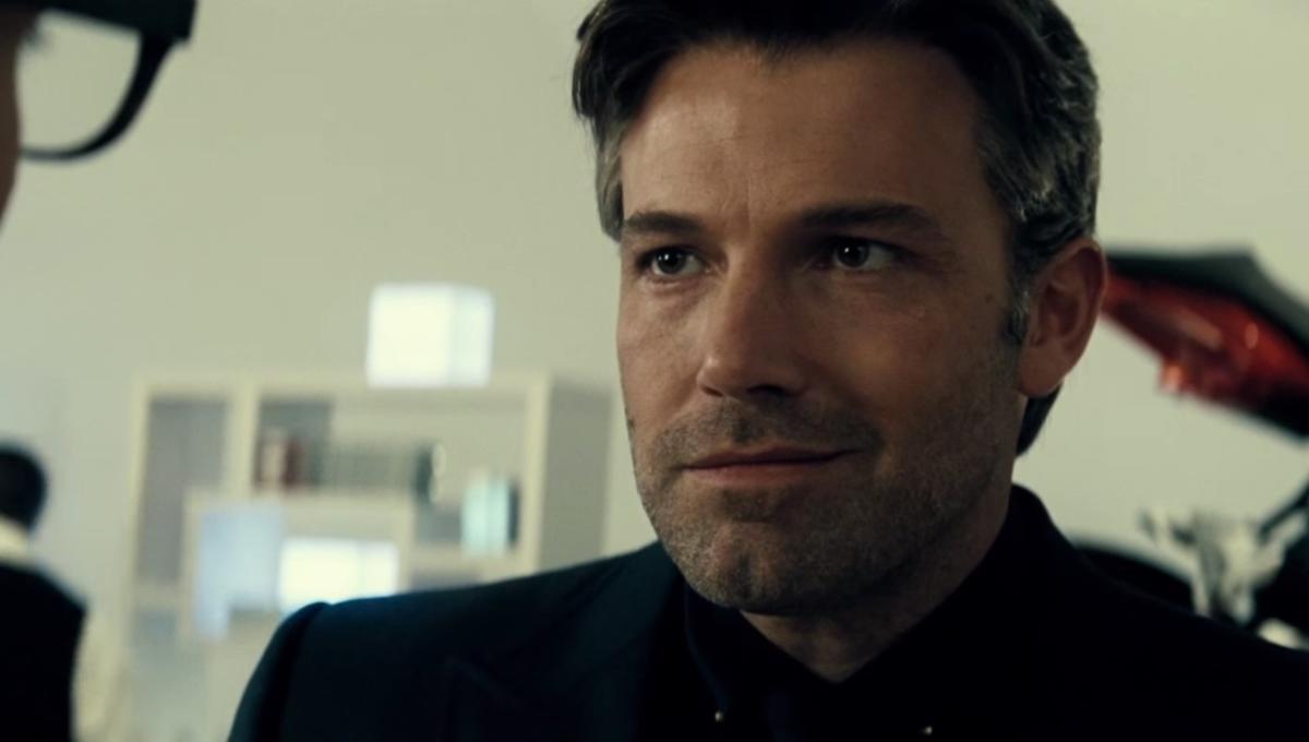 SYFY -Ben Affleck addresses The Batman recasting rumors at SDCC