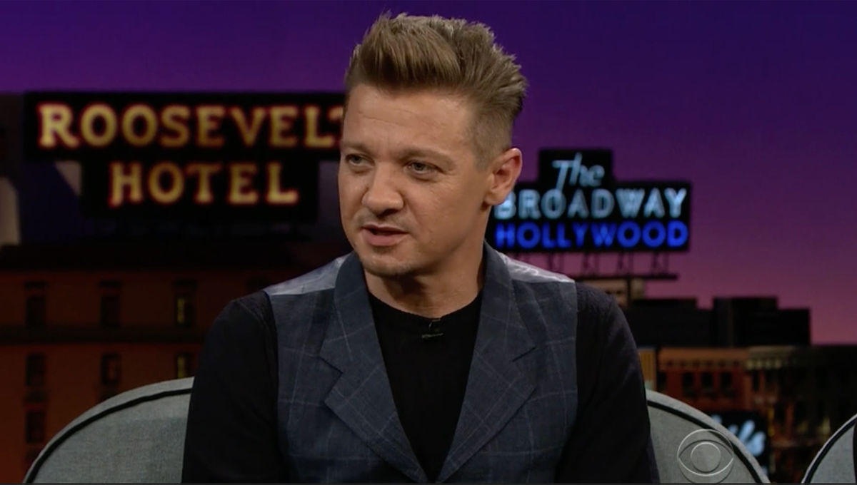jeremy-renner-new-haircut.jpg