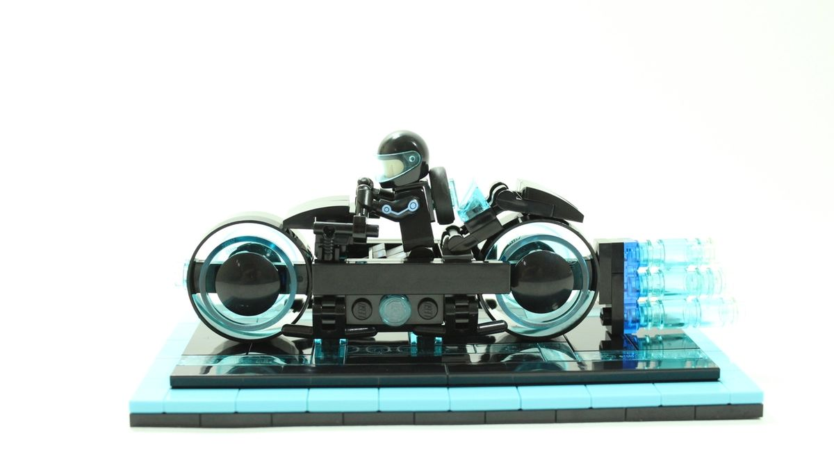 Lego Tron Light Cycle