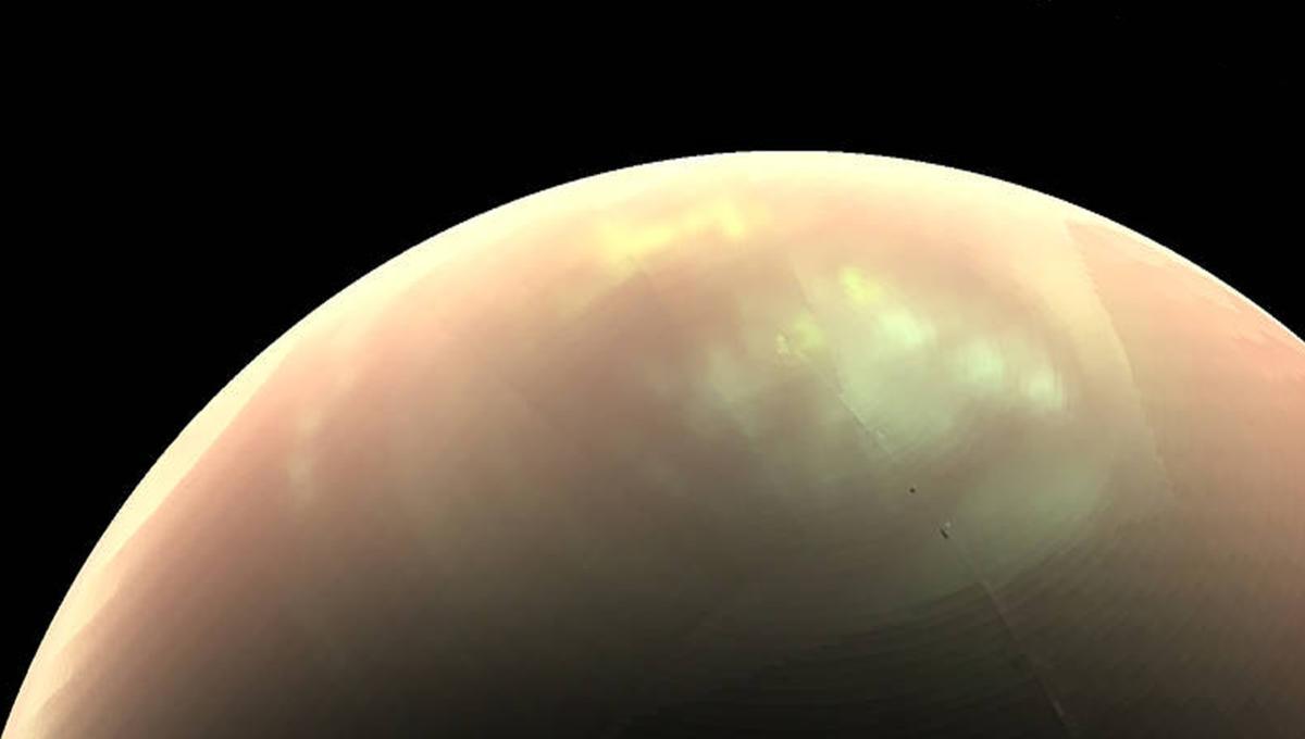 NASA wants to send a cosmic submarine to Titan