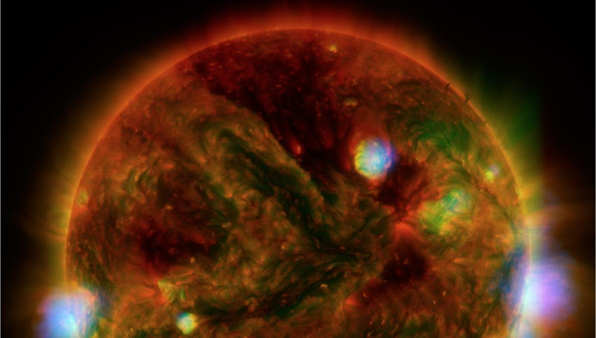 This is what the sun actually sounds like