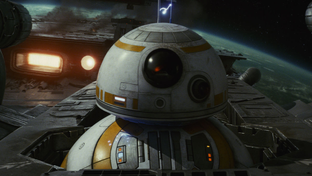 Did Star Wars: Episode IX's cinematographer share a lighting photo from the movie's set?