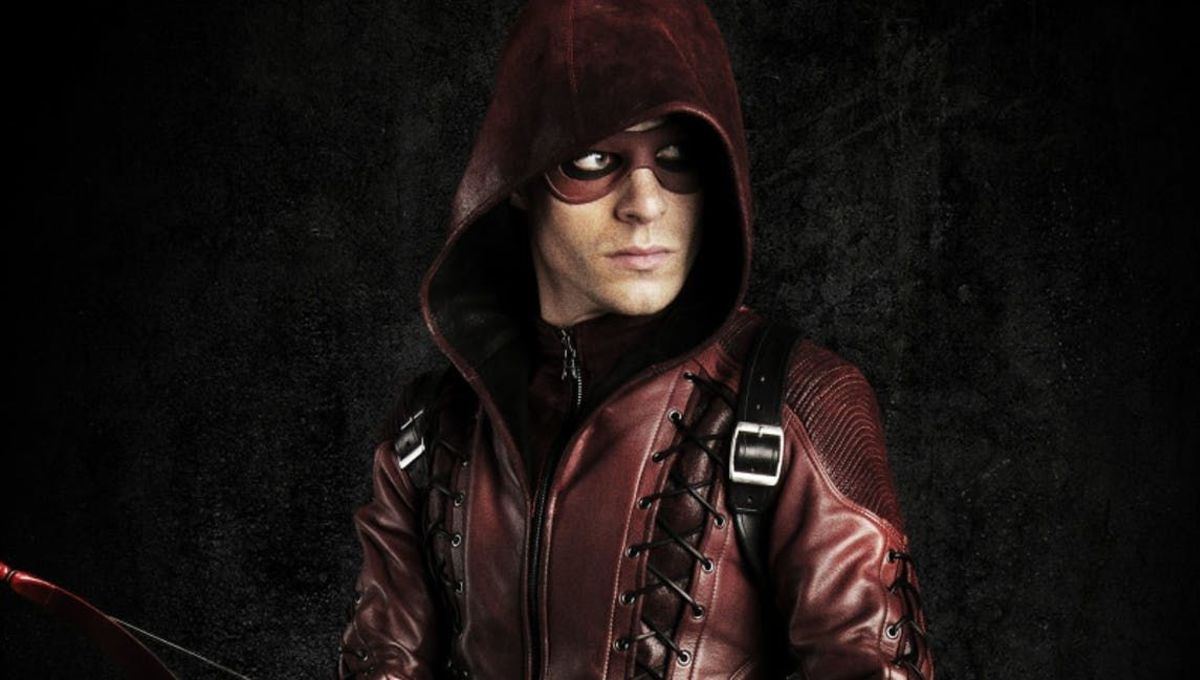 Arrow showrunner breaks down that flash-forward twist and what it means for S7 A...