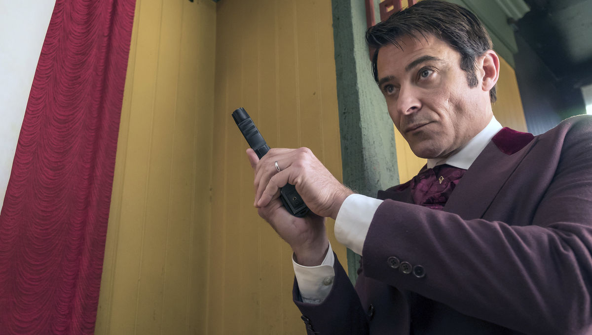 Timeless star Goran Visnjic says series finale will make for very unconventional television