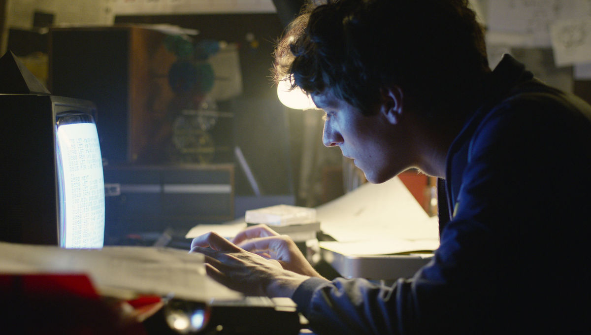 Black Mirror Season 5 Bandernsnatch Netflix Fionn Whitehead