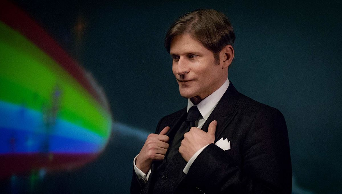 Crispin Glover Mr. World American Gods Neil Gaiman